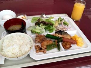 朝食バイキングの例