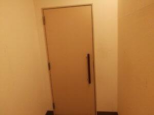 トイレの入り口