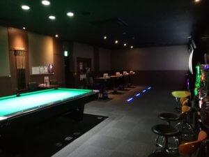 東大和店のダーツ・ビリヤード場